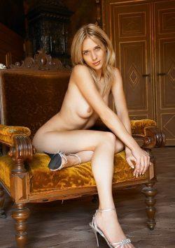 Обалденная девушка брюнетка, в поисках мужчины из Чебоксары